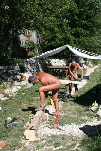 Nudist Escapes  Everything Nudists  Resorts Colonies